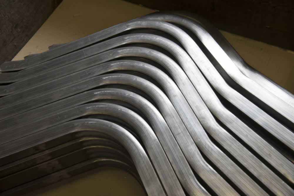 Realization of a set of bent tubes