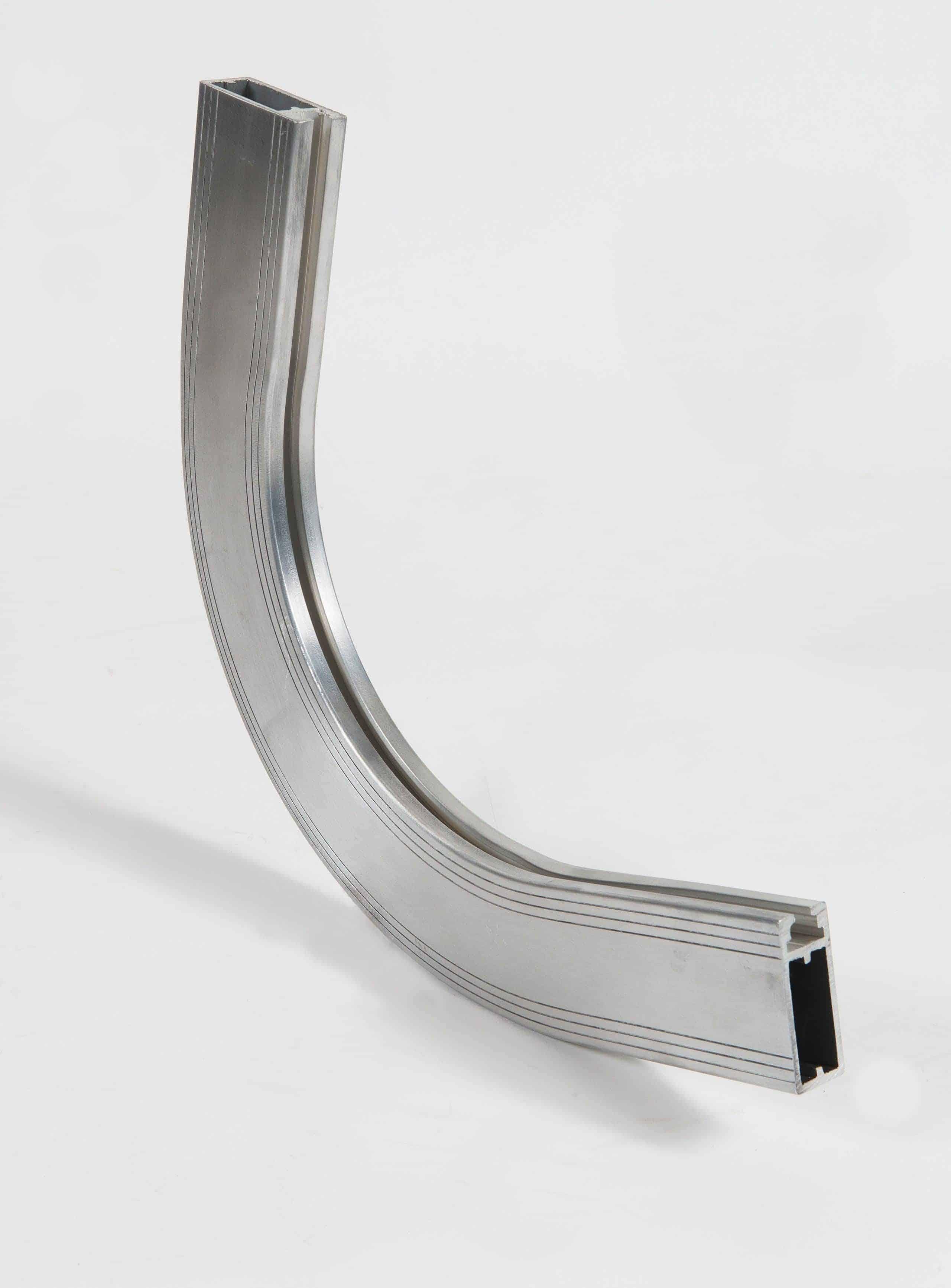 Realisation de Profilé aluminium cintré